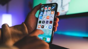 Трансляция и запись экрана с iPhone или iPad